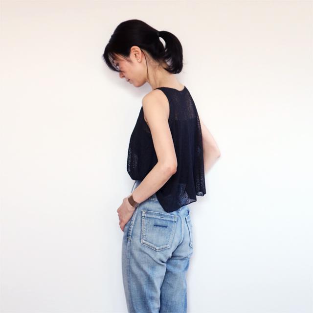 Scutum[スクトゥム] ベアショルダー・ポンチョ短丈 / ブラック